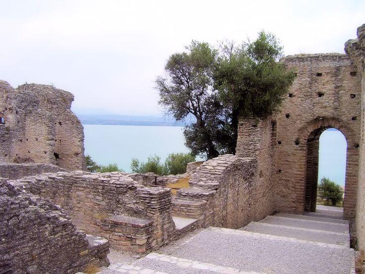 Garda Lake Sirmione Italy