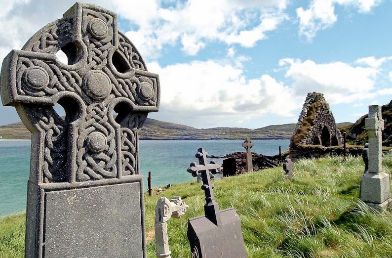 Short article about Modern Irish History