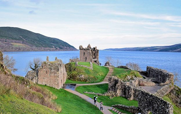 Quotes and aphorisms on Scotland