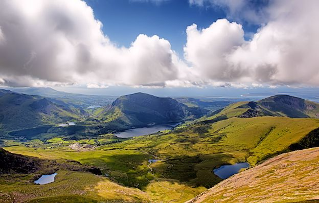 Aphorisms and quotes on Wales culture